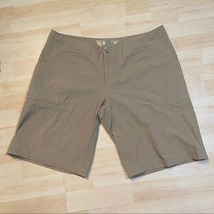 Mountain hardware women's khaki shorts
